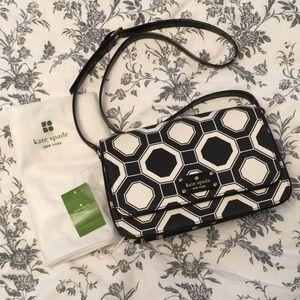 NWT Kate spade black & cream geometric bag